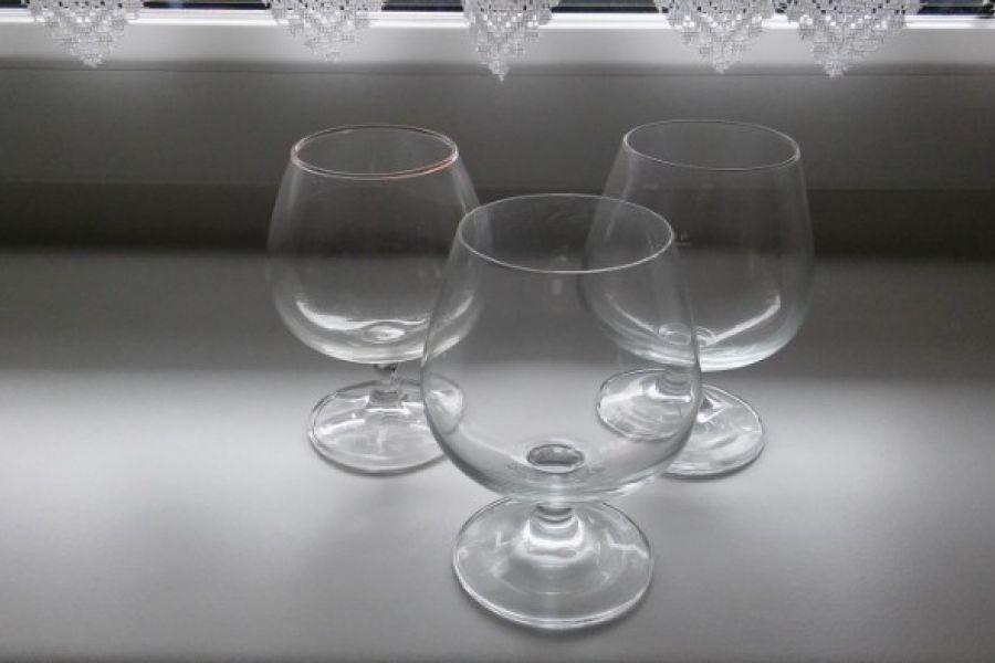 Mehrere Weingläser - Bild 1