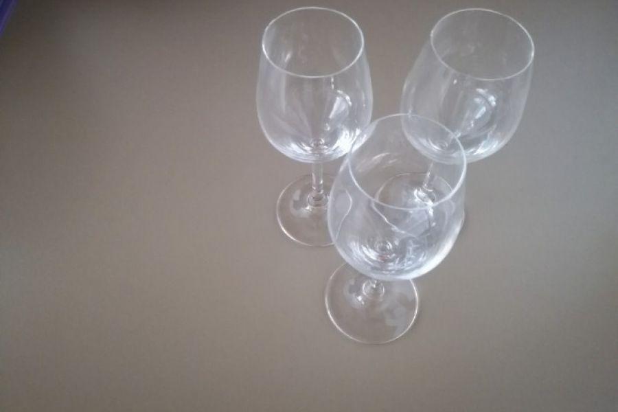 Mehrere Weingläser - Bild 2