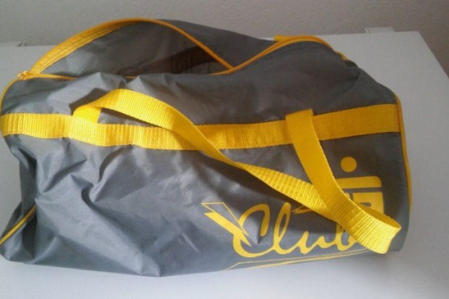 Mehrere Sporttaschen - Bild 2